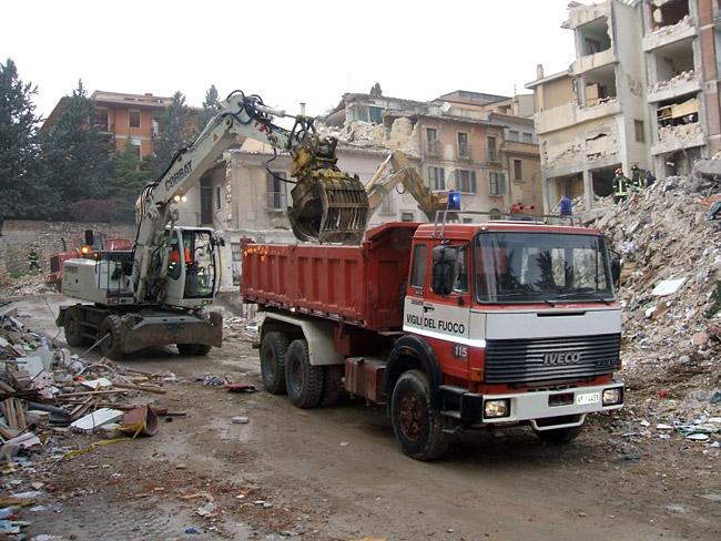 demolizioni in situazioni d'emergenza